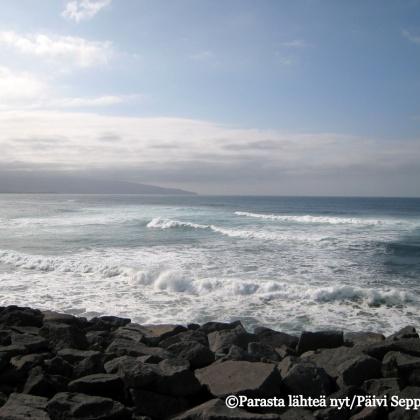 Atlantin aaltoja Ribeira Grandessa