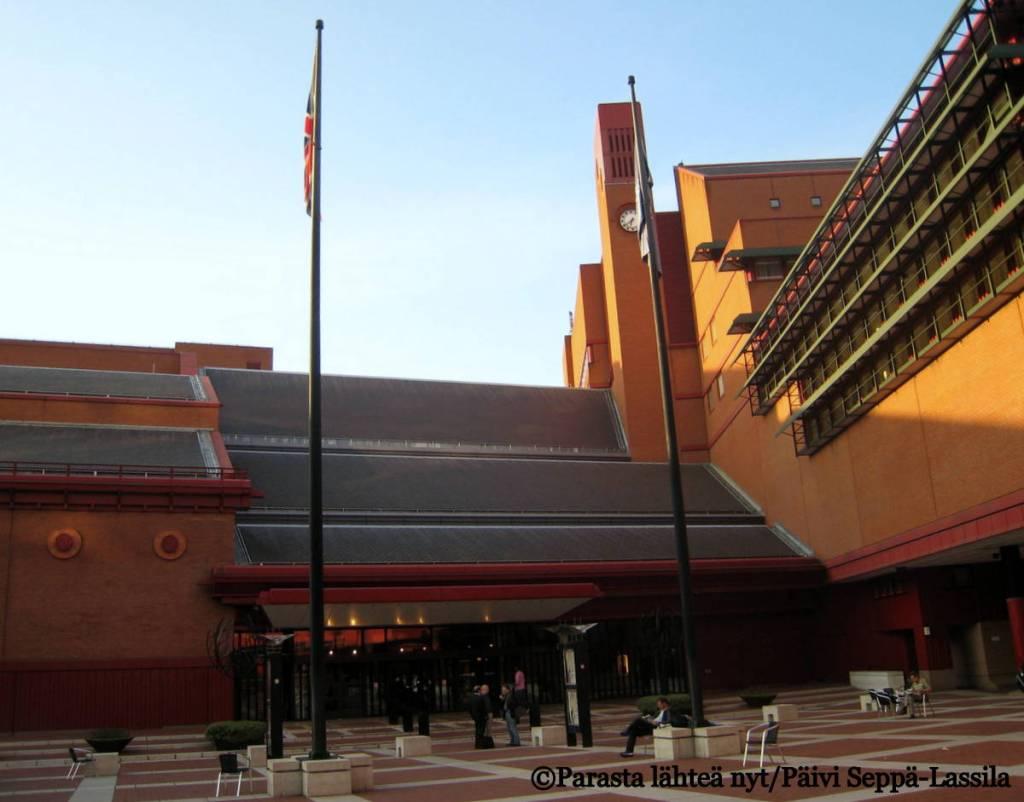 The British Library - Iso-Britannian suurin julkinen rakennus 1900-luvulta.