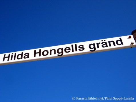9. Hilda Hongellin kuja on lyhyt ja kapea. Maarianhamina.