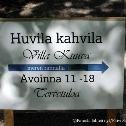 Villa Kuuvassa aukeni kesällä 2015 kiva kahvila.