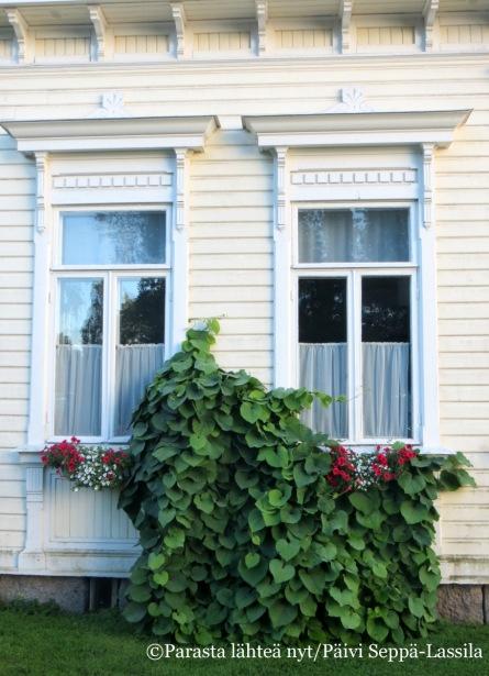 33. Kaveljeeri-rakennus Hämeenlinnassa.