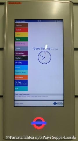 Metroasemilla tiedotetaan myös hyvin sujuvasta liikenteestä.