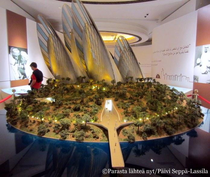 Sheikki Zayedin nimeä kantava museo pienoismallissa.