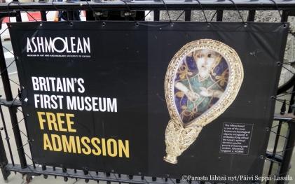 Ashmolean-museoon on vapaa pääsy.