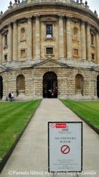 Pääsy kielletty Radcliffe Camera -kirjastoon.