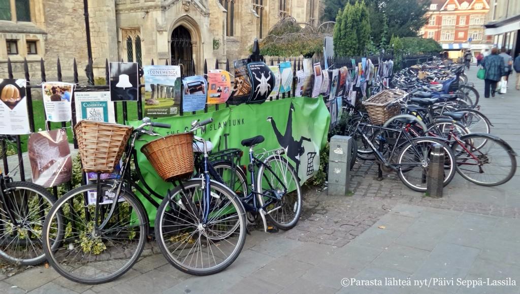Cambridgessa polkupyärä on kätevin kulkuneuvo.