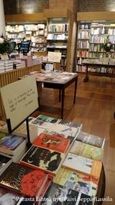 Hatchards-kirjakauppa St. Pancrasin asemalla.