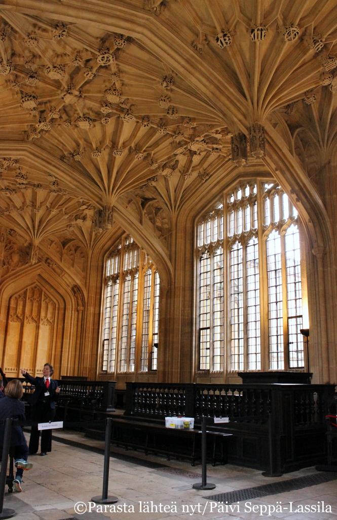 Bodleian kirjaston vanha luentosali.