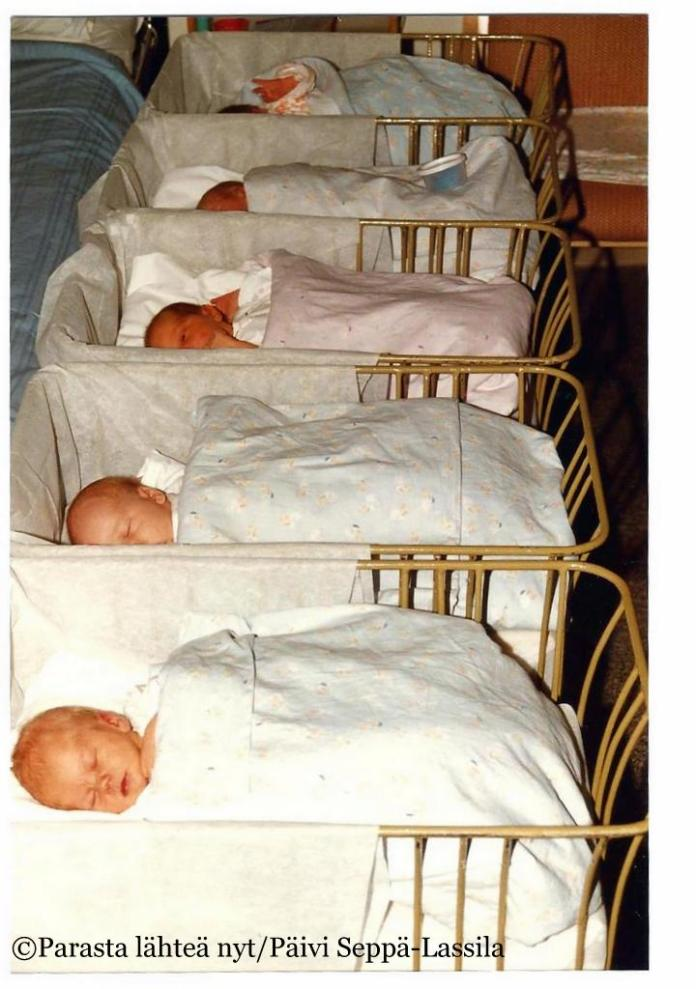 Syyskuun lopussa 1990 syntyneitä Heideken-vauvoja (valokuva on skannattu vuonna filmikameralla otetusta kuvasta).