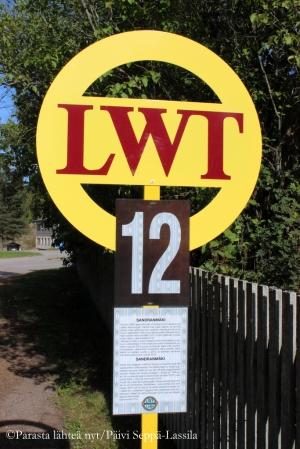 Avoima olevat talot oli helppo löytää karttojen ja lWT-kylttien avulla.