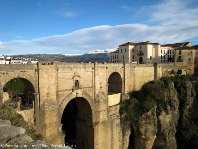 Puente Nuevo -silta on Rondan nähtvyys.