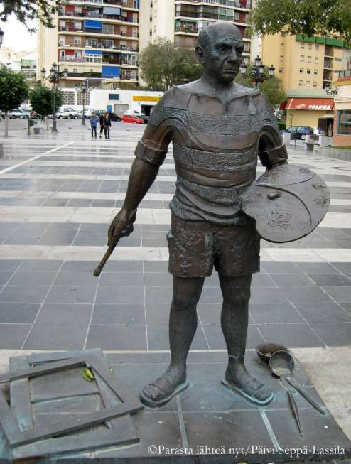 Picasson patsas Torremolinoksessa (tai Malagassa?).