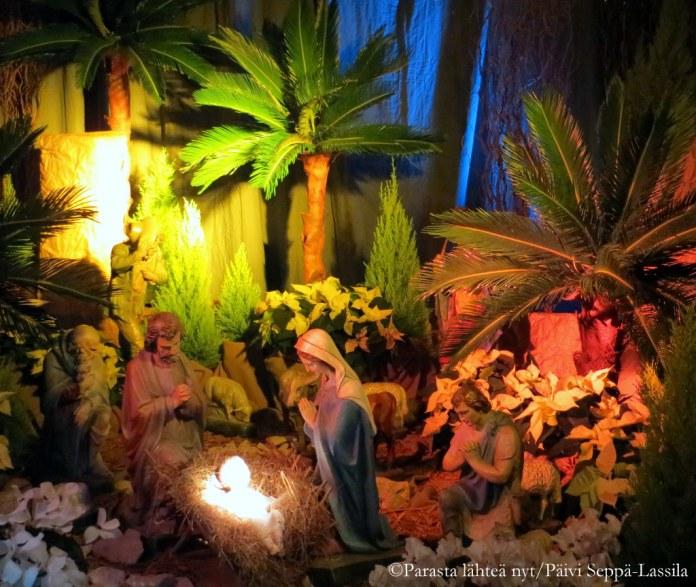 Jouluseimi vilnalaisessa kirkossa.