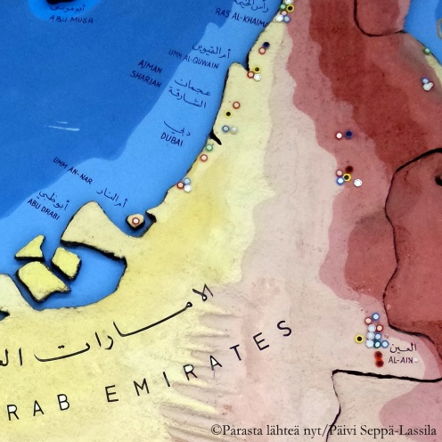 Abu Dhabi sijaitsee rannikolla.