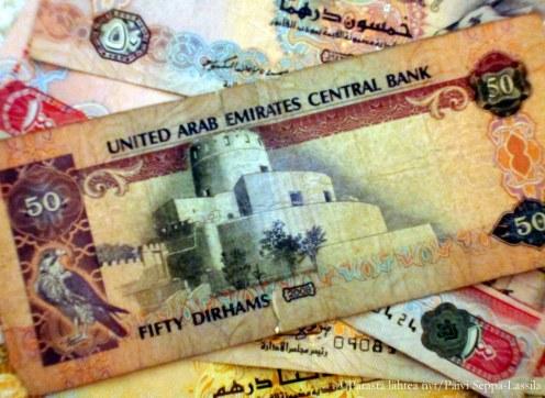 Eurot vaihdettiin dirhameihin.
