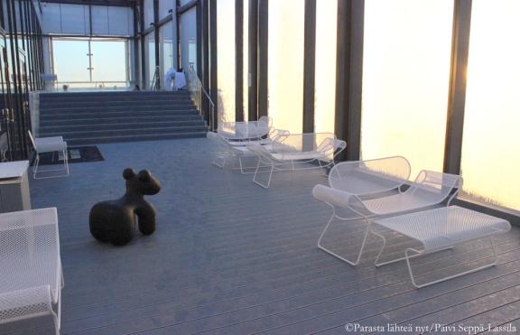 Roof Top Pool & Terracelta löytyy lämmitetty ulkouima-allas, sauna sekä kuntosali.
