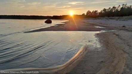 Aurinko laskee Yyterissä, Porissa.