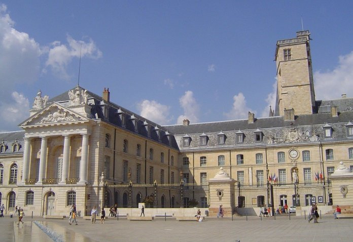 palatsi, Dijon, Ranska