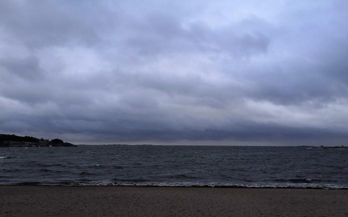 Meri, pilviä, Hanko
