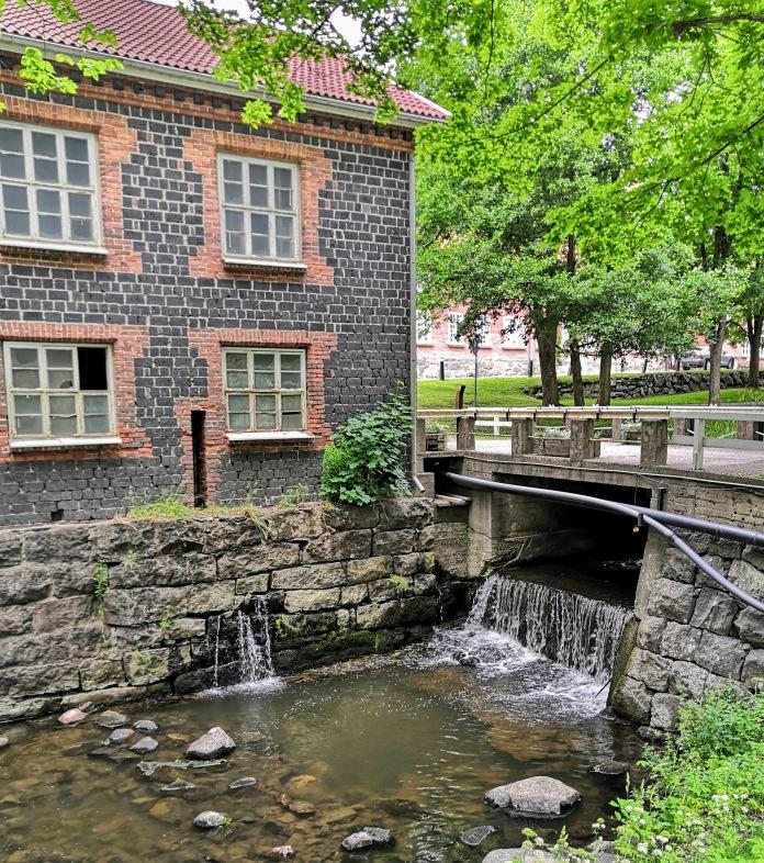 Fiskars, joki, silta, vanha rakennus